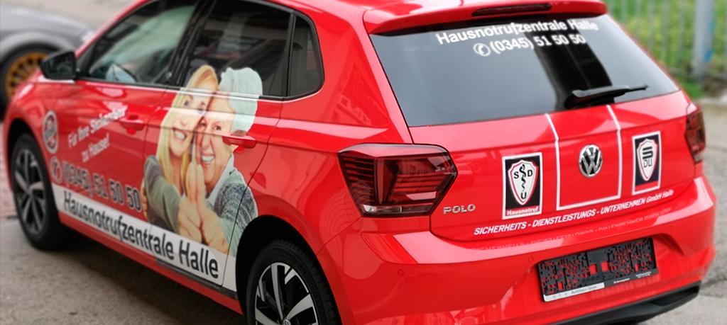 Autowerbung Fahrzeugwerbung Autofolierung VW Polo SDU Hausnotrufzentrale