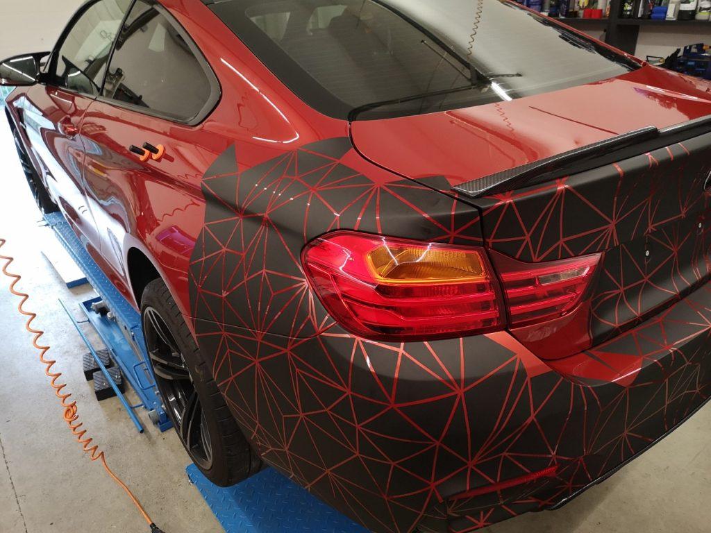 Autofolierung BMW M4 3M Carwrapping matt schwarz