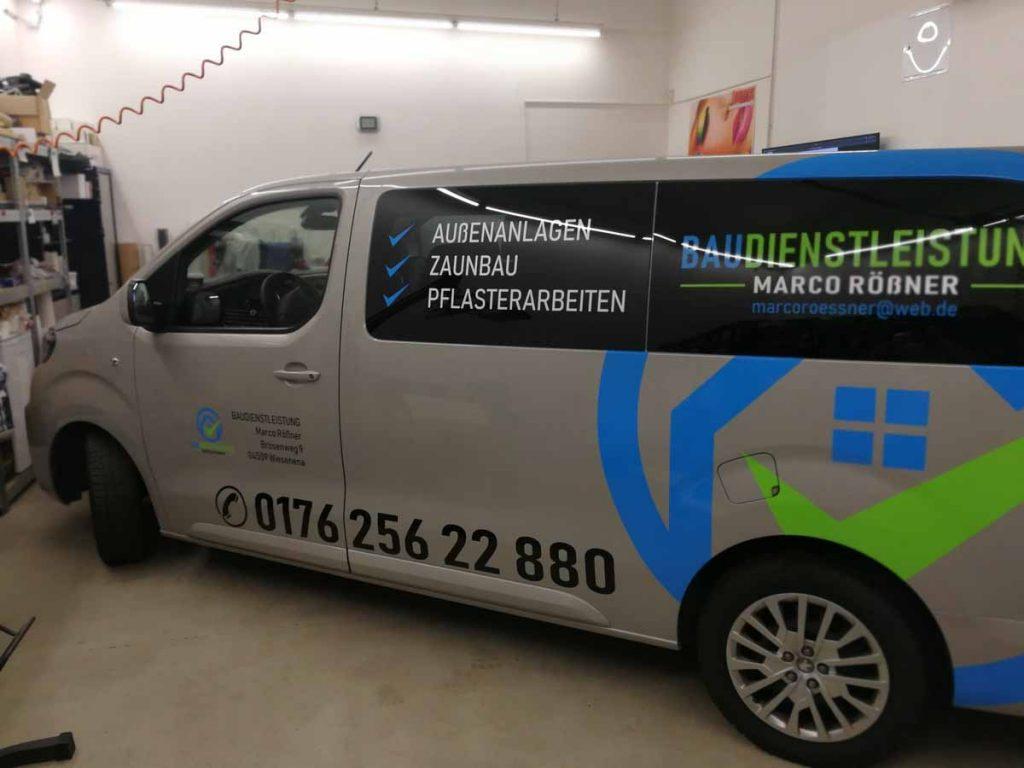 Auto folieren, Autofolierung, Autowerbung, Fahrzeugwerbung Peugeot Boxer Baudienstleistungen Marco Rößner